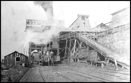 A Tipple - Gaston Mine - Fairmont - West Virginia - 1908