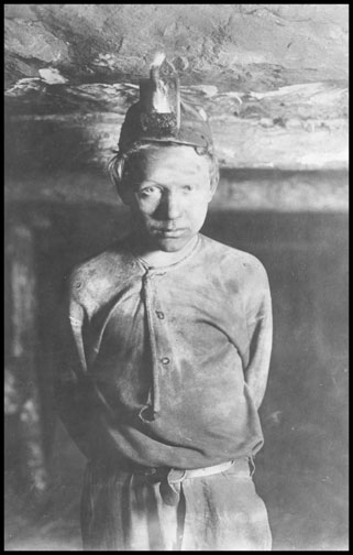 Trapper Boy - Turkey Knob Mine - Macdonald - West Virginia - 1908